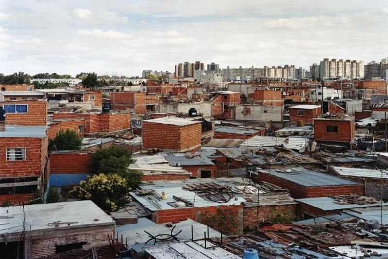 En enero, una familia necesitó casi 27 mil pesos para no caer debajo de la línea de pobreza