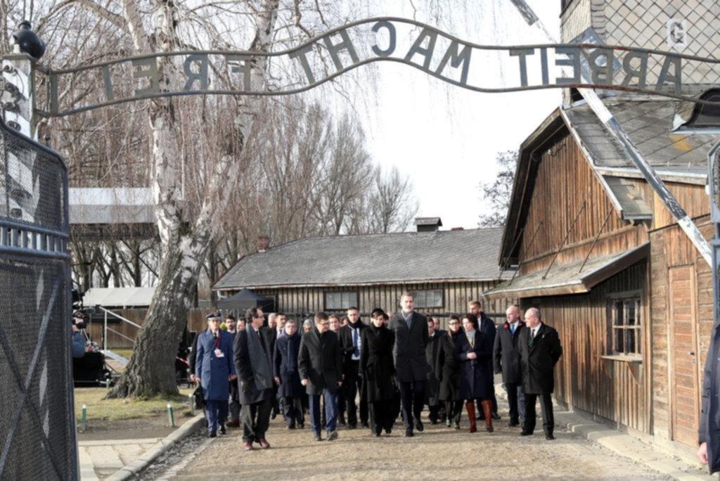 Liberación de Auschwitz: la realeza hizo memoria