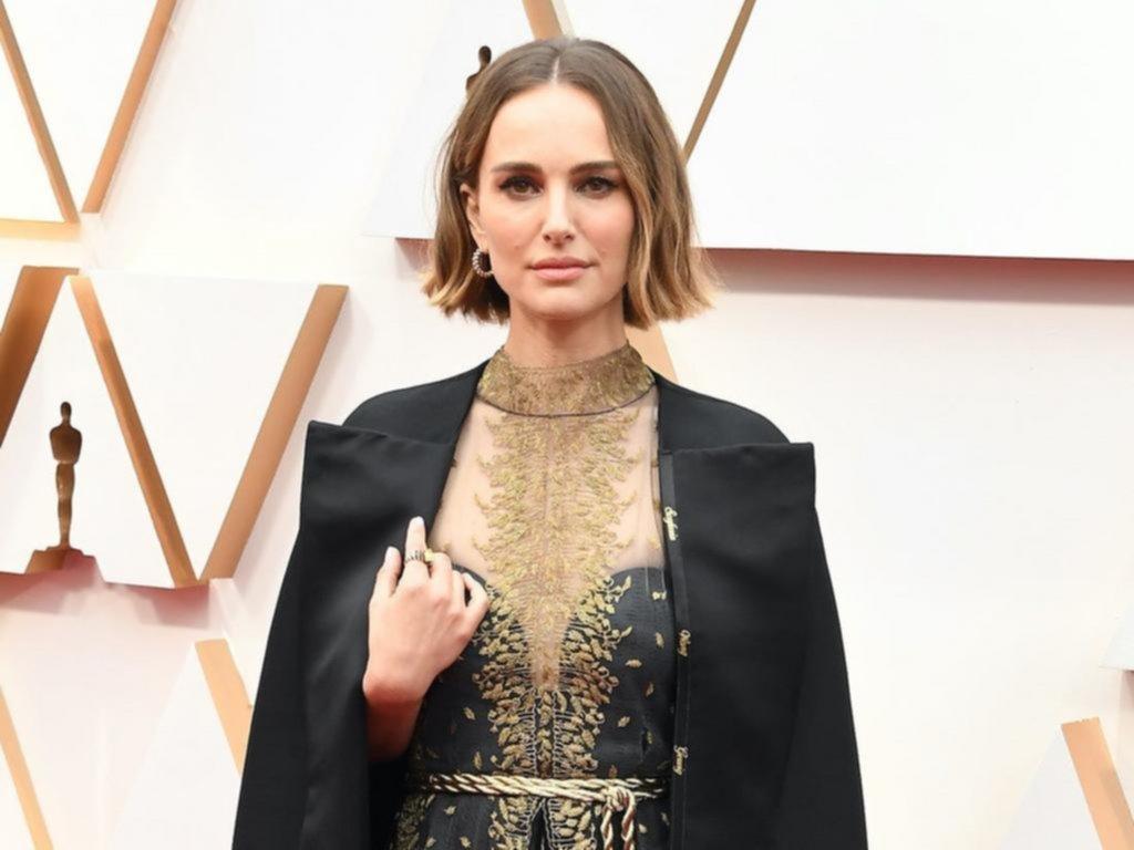 Acusan a Natalie Portman de falsa por su protesta en los Oscar: nunca contrató a una directora