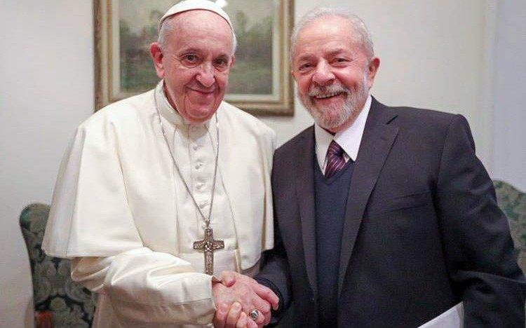"""Francisco y Lula se reunieron en el Vaticano para hablar de """"un mundo más justo y fraterno"""""""