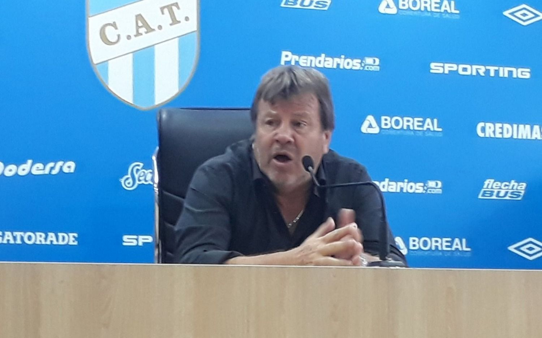 Polémica en puerta: Zielinski duro con los jugadores que ahora critican a Alfaro