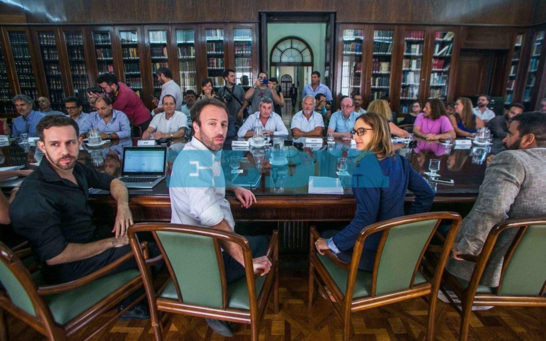 Paritarias: estatales rechazaron la primera propuesta del Gobierno bonaerense