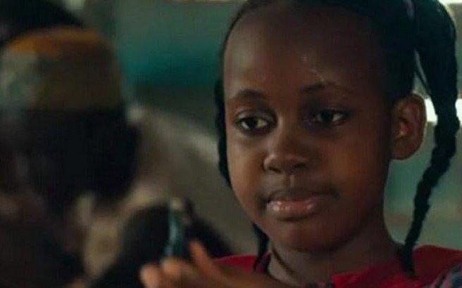 """Muere a los 15 años Nikita Walingwa, actriz de Disney en """"La reina de Katwe"""""""