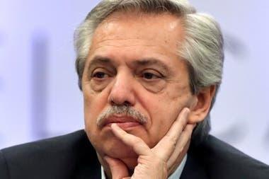 El FMI insiste en que no habrá quitas a la deuda y el Presidente salió a cuestionarlo