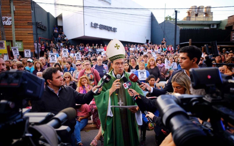 En Gesell hubo una misa por Fernando y se leyó una carta del papa Francisco