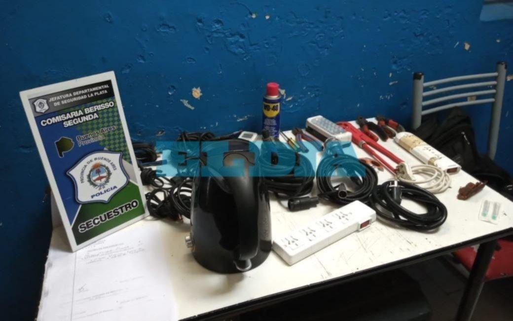 Dos aprehendidos por el robo a un camping en Ensenada