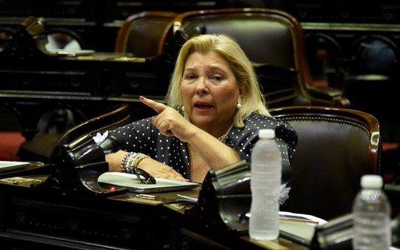 """Carrió: """"Estamos ante un claro golpe y un atropello al Poder Judicial para garantizar impunidad"""""""