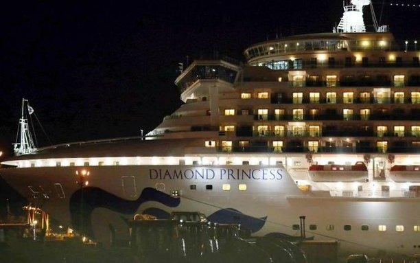 Cinco argentinos ya bajaron del Diamond Princess y quedan dos a bordo que son tripulantes