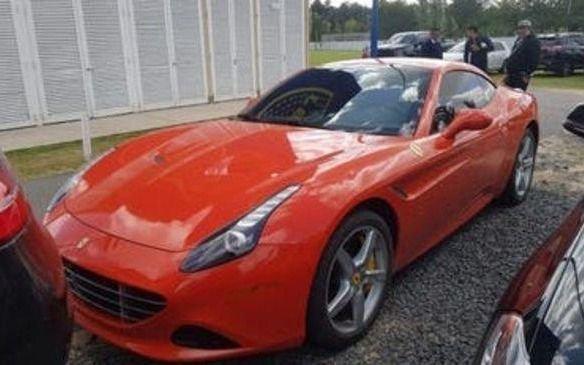 "La Ferrari ""a gas"" que utiliza Carlitos Tevez para ir a entrenar"