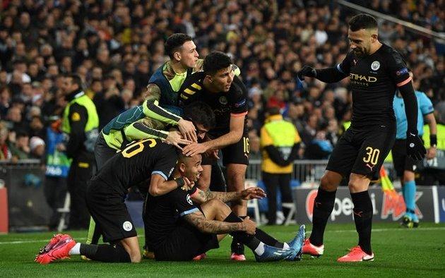 El City, sin Agüero pero con Otamendi, dio el golpe ante Real Madrid en el  Bernabéu - Deportes