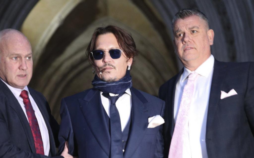 Johnny Depp negó haber golpeado a su ex y repite que la víctima era él
