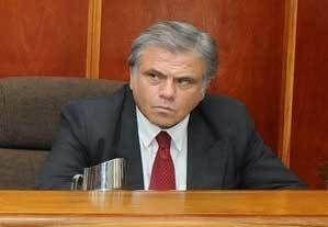 El fiscal reconoció al acusado en el juicio y tuvo que excusarse