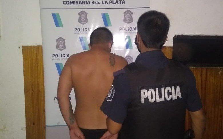 """""""Voy a prender fuego la casa con vos adentro"""": detenido por violencia familiar en Los Hornos"""