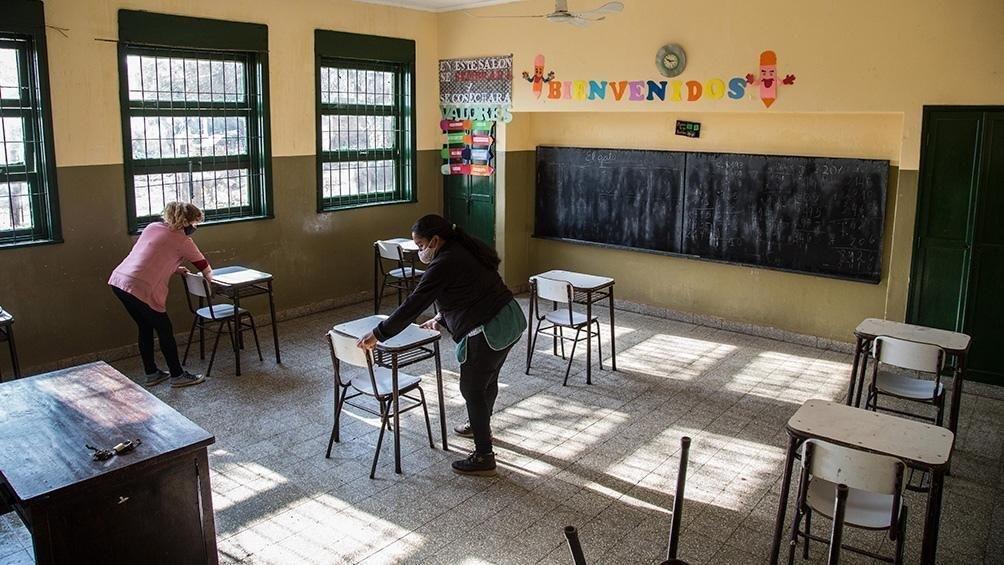 """Padres organizados advierten sobre la """"desigualdad"""" escolar"""