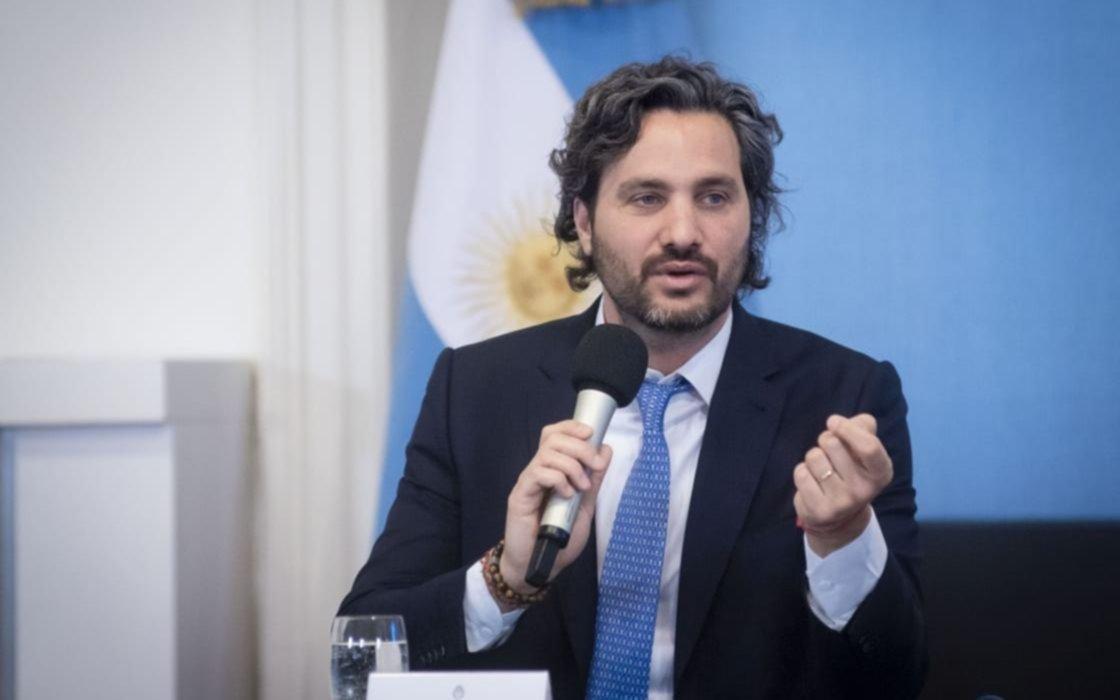 Cafiero defendió la vacunación de Zannini y su esposa y negó que hubiera más vacunados VIP