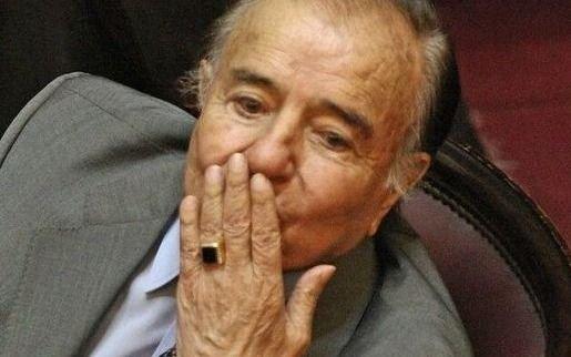Histórico anillo del expresidente Menem fue entregado a la policía por familiares del prófugo