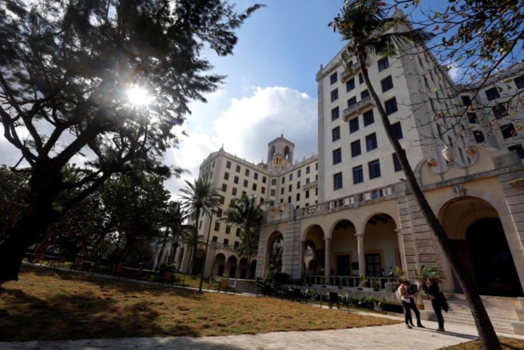 Realeza y mafias: los vertiginosos años del Hotel Nacional