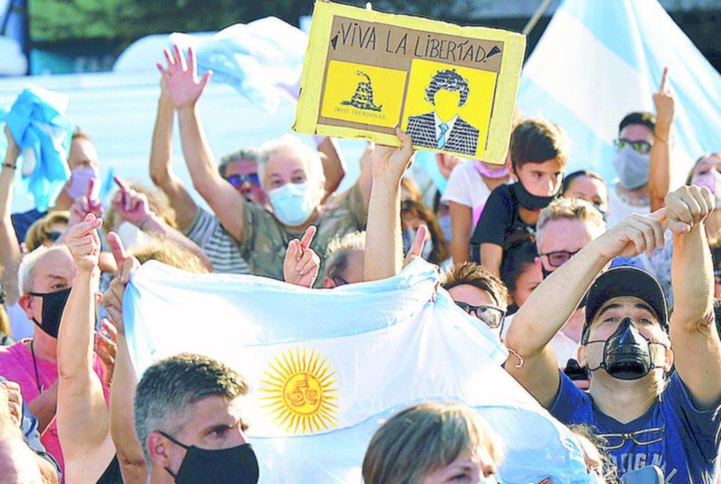 Nueva protesta contra el Gobierno en todo el país, ahora por las vacunas de privilegio