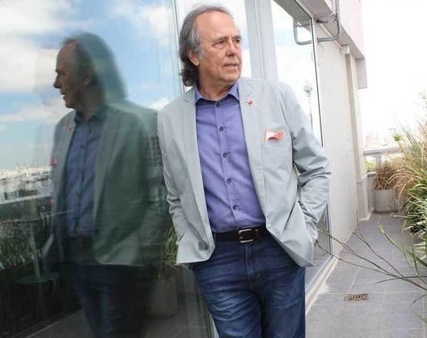 Serrat,  a un paso de La Plata