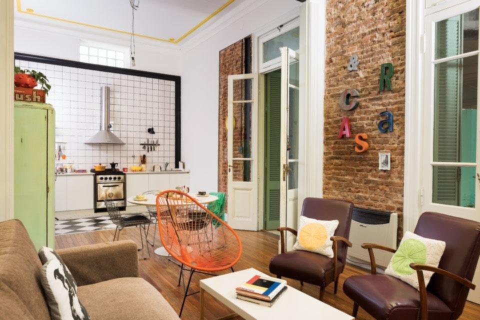 C mo modernizar una casa antigua hogar for Casas viejas remodeladas