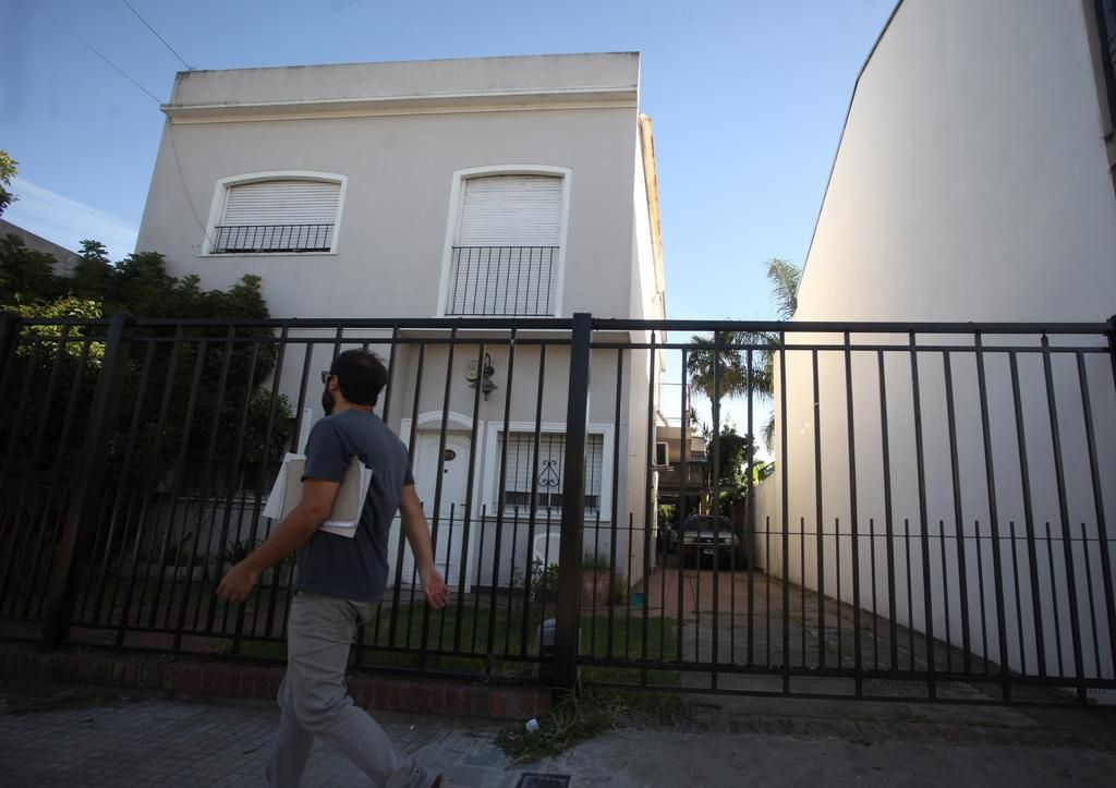 Una fiesta en Tolosa terminó con la Policía adentro