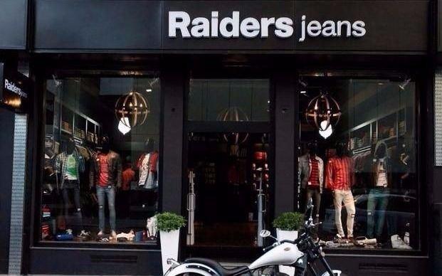 Raiders te espera con la mejor colección de primavera y descuentos de hasta 25%