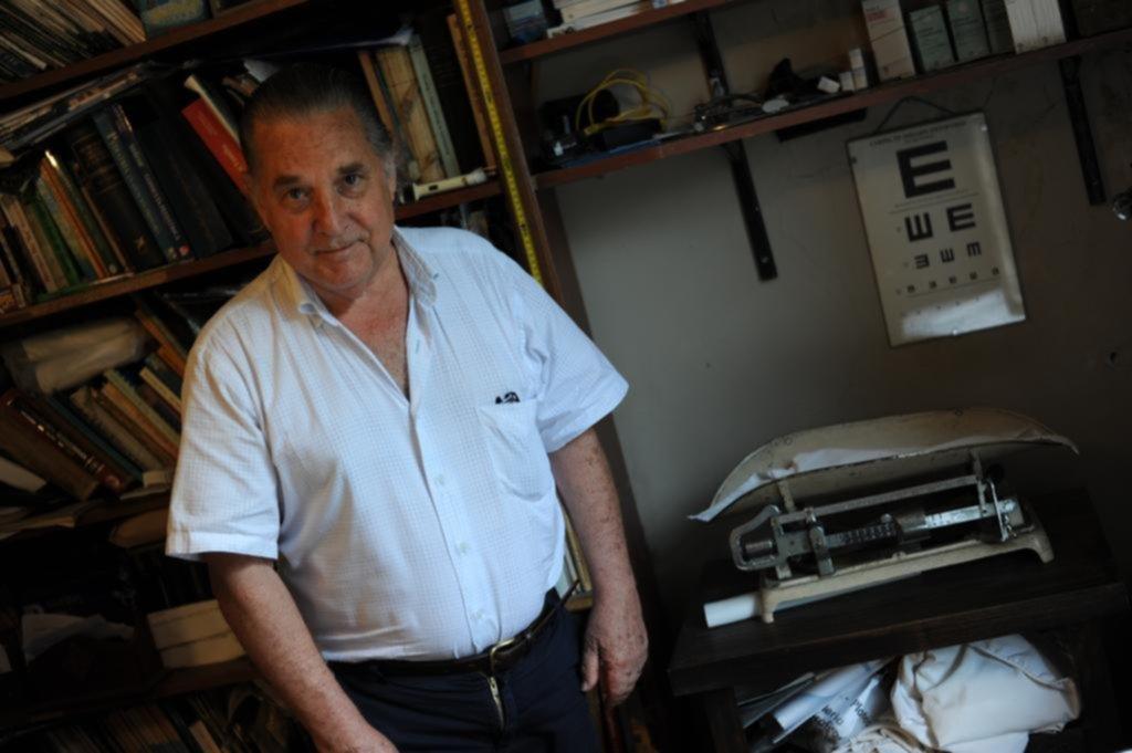El emblemático consultorio del pediatra Alvaro Cortés cerró tras atender a 4 generaciones
