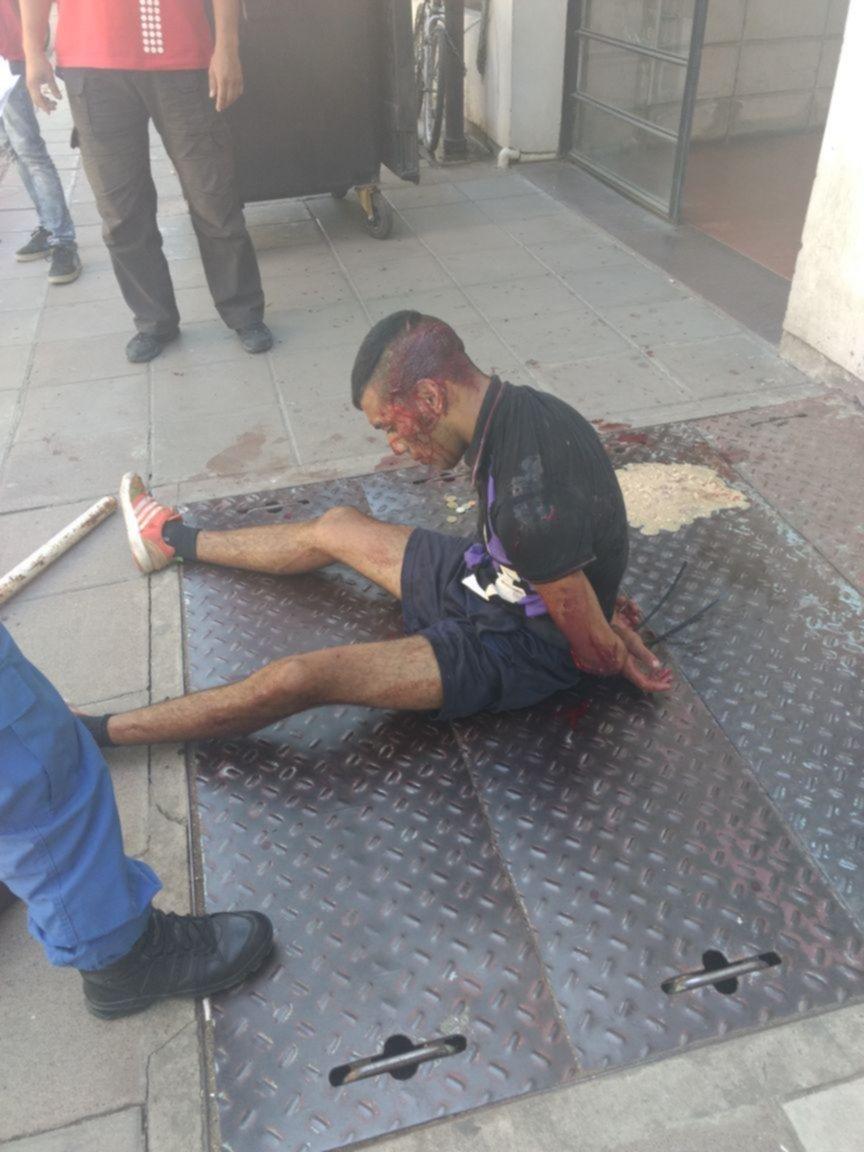 Atacaron con un cuchillo a un empleado de la Facultad de Exactas