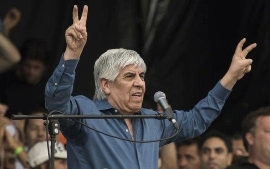 """Moyano: """"le digo claramente a Macri que si me quiere meter en cana que me meta"""""""