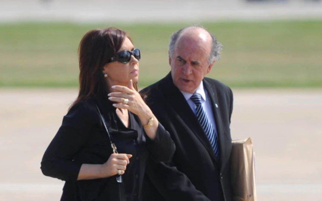 """Nuevo audio de Cristina con Parrilli: """"Me hincha las pelotas todo"""""""