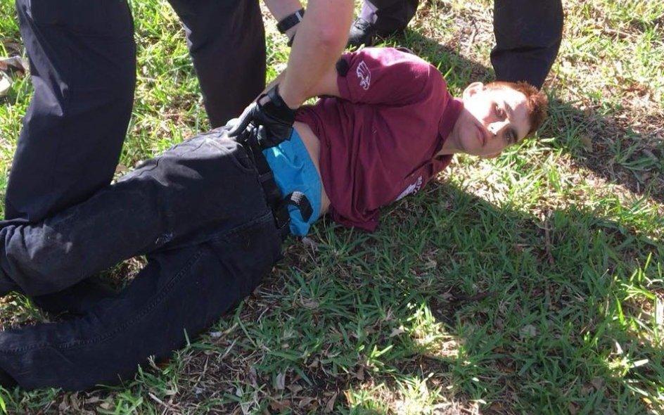 Piden la pena de muerte para el tirador de Florida
