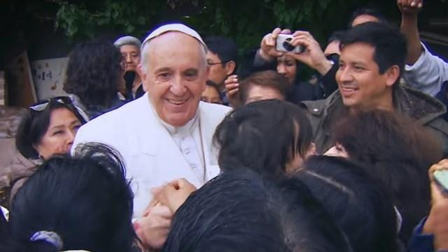 Wim Wenders filma al Papa: Francisco volverá al cine con un documental en primera persona