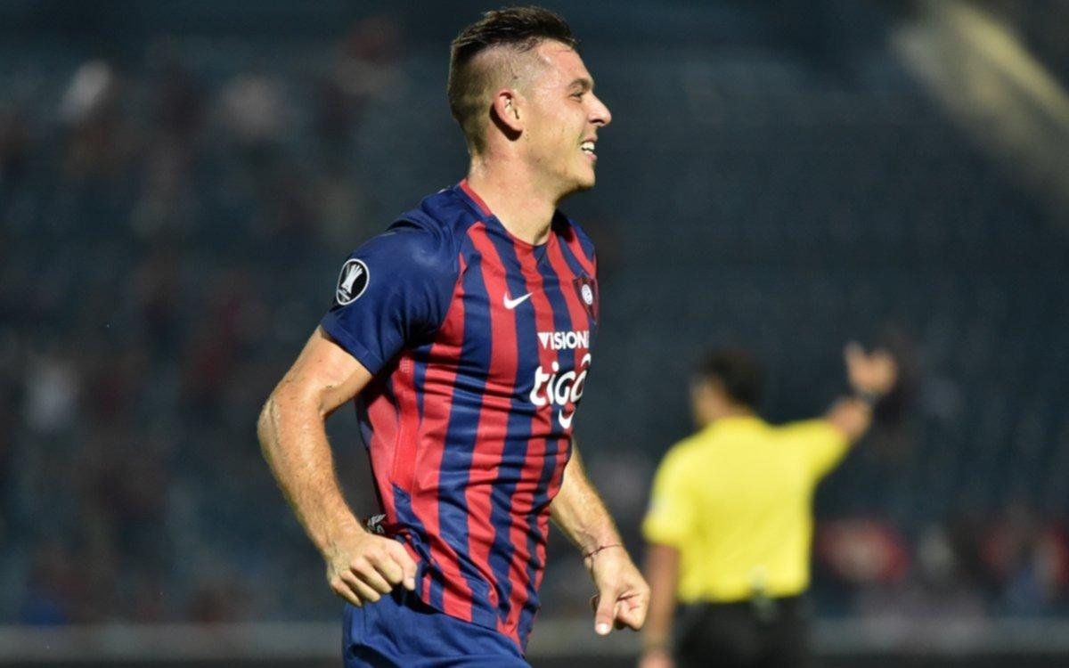 Cerro Porteño le recomendó un delantero a Sampaoli