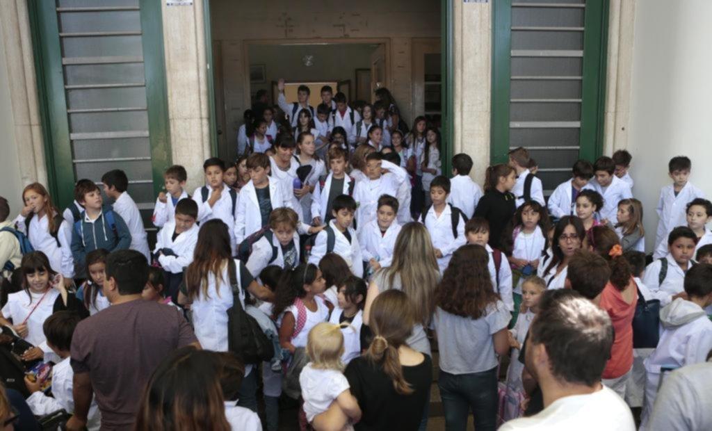 La Ciudad convocó a los docentes, previo al paro de UTE — Paritaria