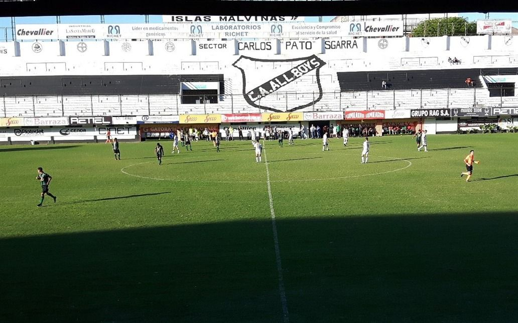Barras de All Boys le robaron a dirigentes de Chicago
