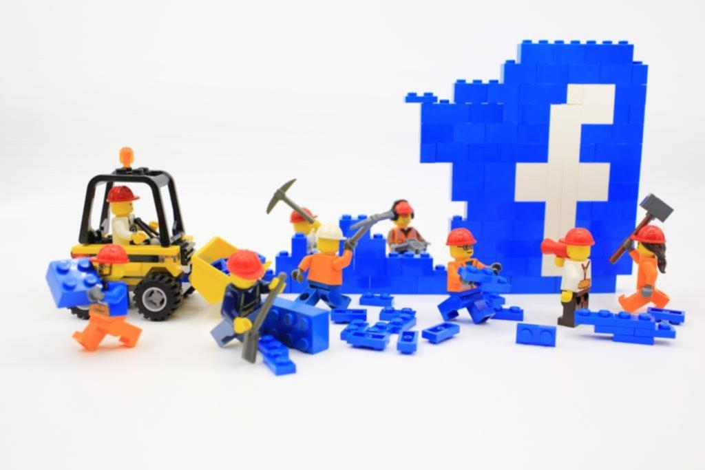 Se suman voces al boicot a Facebook y su futuro se vuelve cada vez más incierto