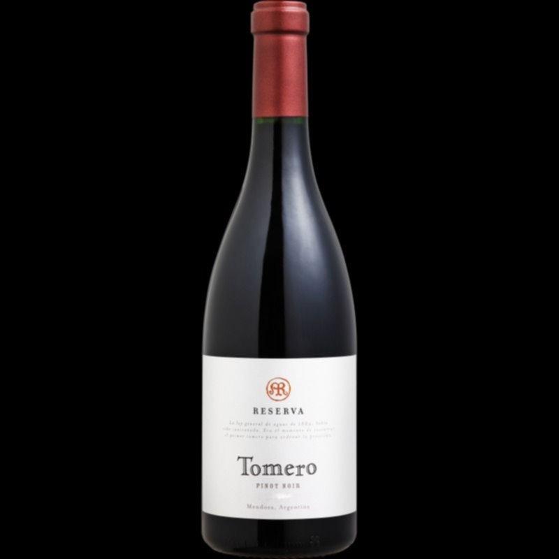 Derrame de miles de litros de vino 'premium' en Mendoza