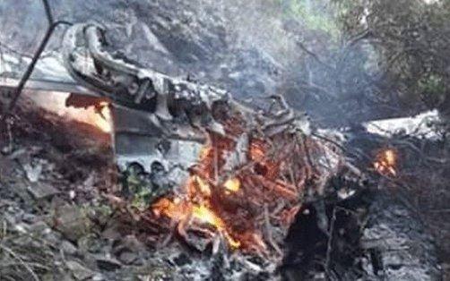 Cayó avioneta, explotó y se incendió: 2 mujeres salvaron sus vidas