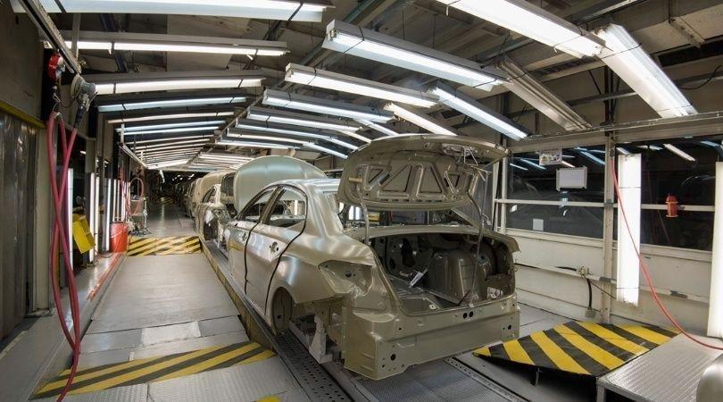 Se profundiza la caída de producción automotriz y crecen las suspensiones