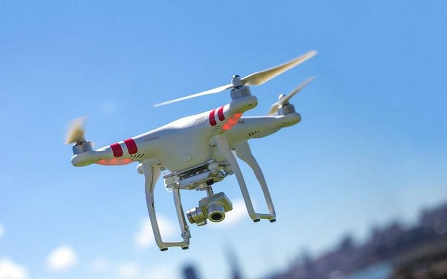 La Comisión Europea obligará a que cada dron tenga su propia matrícula