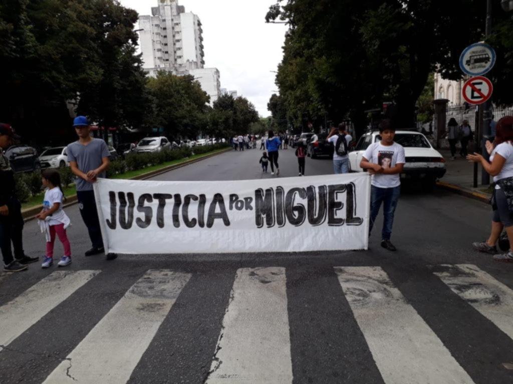 Movilización y reclamo por el crimen de Miguel Heredia