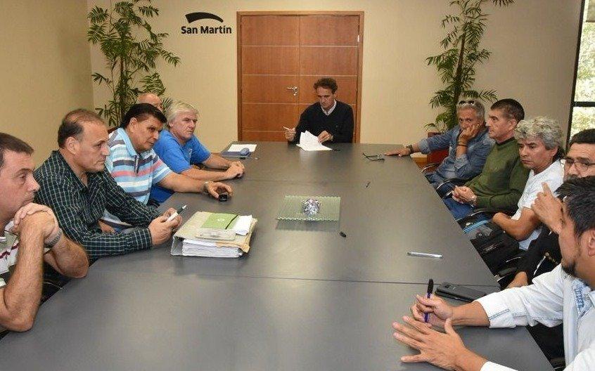 Katopodis otorgará un aumento escalonado del 41,68% a trabajadores municipales