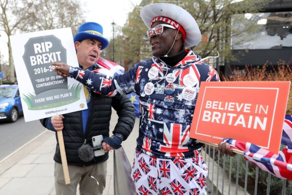 Reino Unido pedirá a la Unión Europea postergar el Brexit