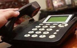 Hace un mes que nadie le arregla su teléfono