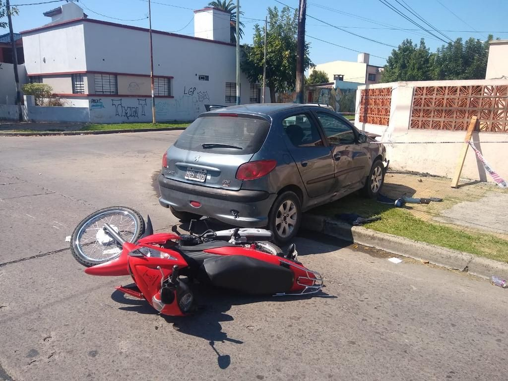 Choque con un motociclista grave y un automovilista comprometido por droga