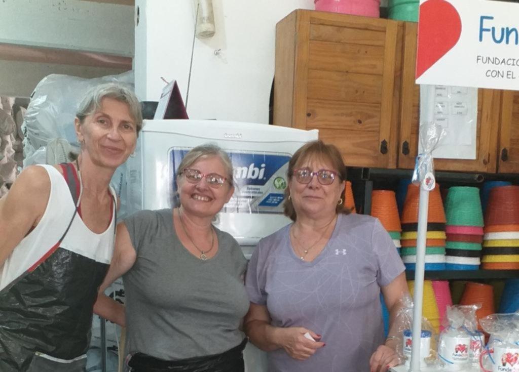 El Rotary Club de Gonnet sigue con sus actividades y acompaña a abuelos solos
