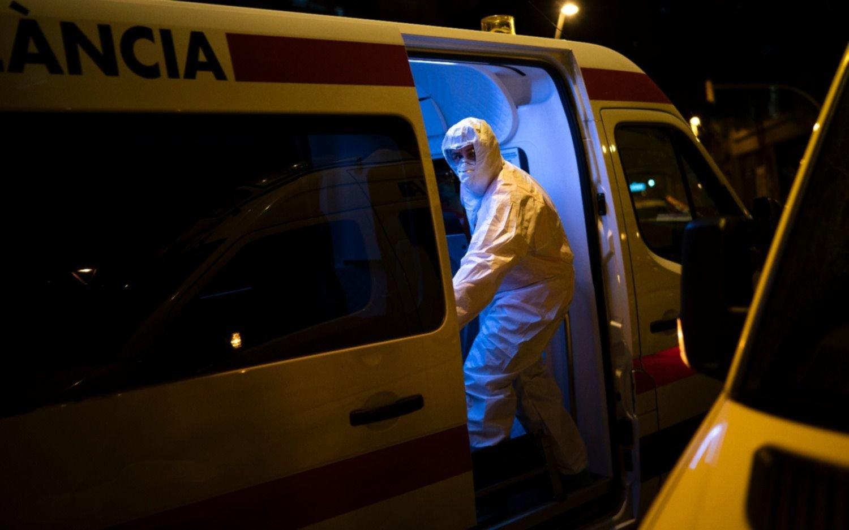 España, en su peor momento: 862 muertos en un día por coronavirus y suma un total de 5690