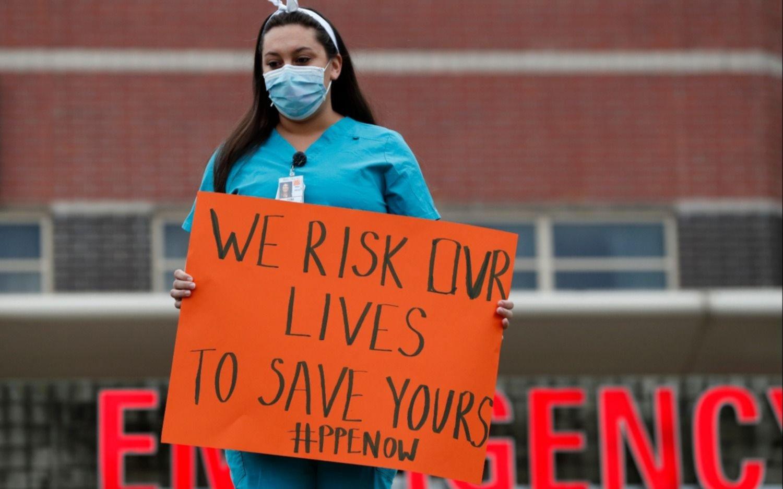 Nuevo récord diario de muertes y contagios de COVID-19 en Estados Unidos