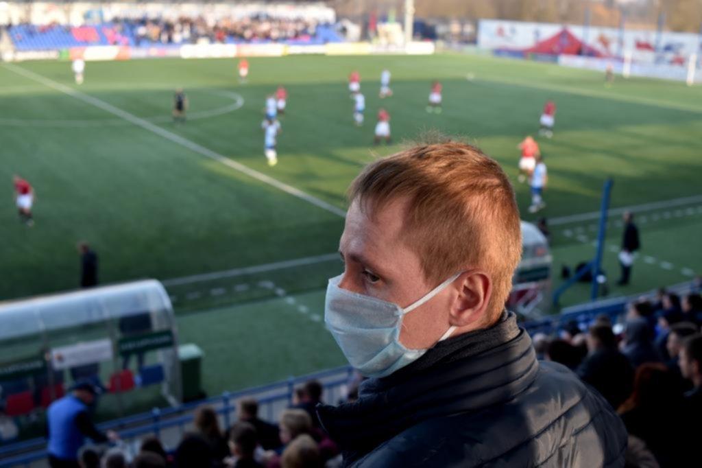 En Bielorrusia el fútbol se sigue jugando y a puertas abiertas