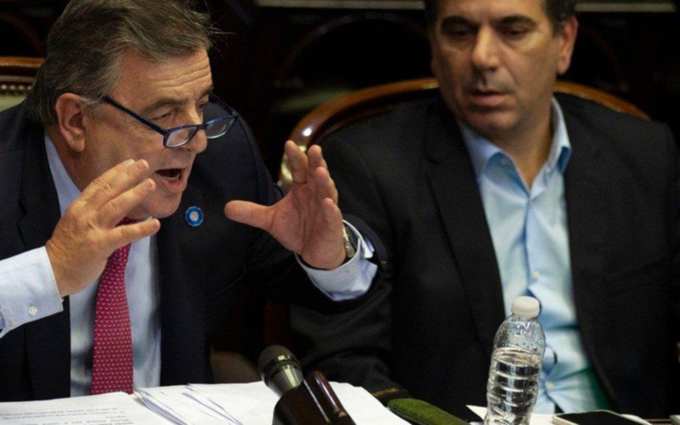 La oposición pidió al presidente que funcionarios donen 30% de sus sueldos para atender coronavirus